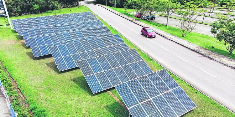 Novos projetos do setor fotovoltaico estimulam investimentos da indústria